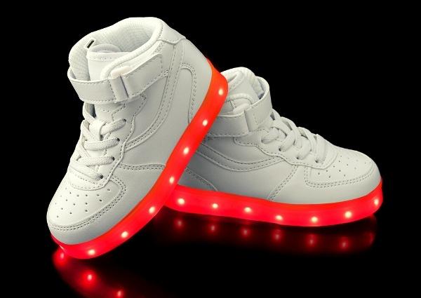 Sneakers promo avis : sneakers « tape à l'œil »